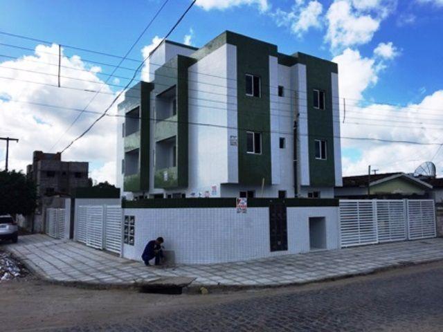 Apartamento grande, super ventilado em Promoção, perto da Praça do Funcionários II