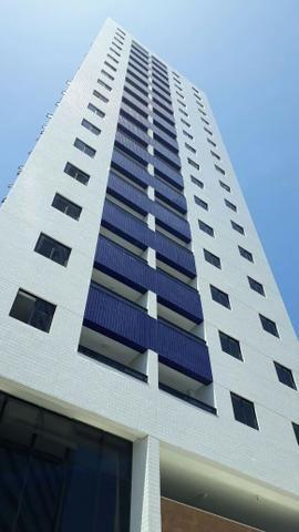 Apartamento em Boa Viagem, 2 quartos, 1 suíte, 60 m² , Edf. Costa Tropical
