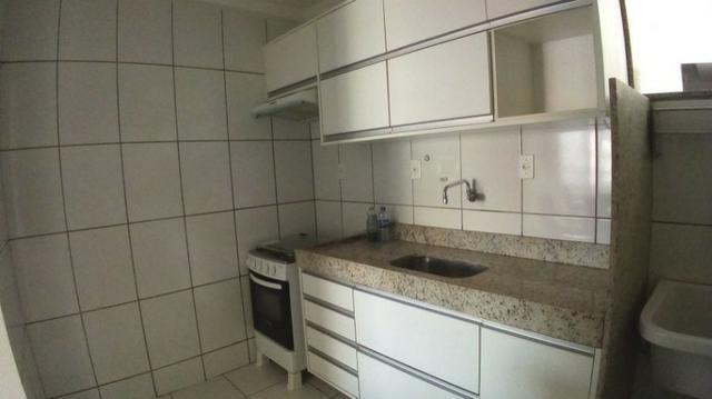 Alugue Apartamento Semimobiliado no Condomínio Barra Club 1, Barra dos Coqueiros
