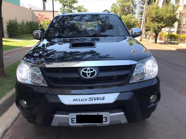Toyota Hilux Sw4 srv 3.0 4x4 automatica - Foto 2