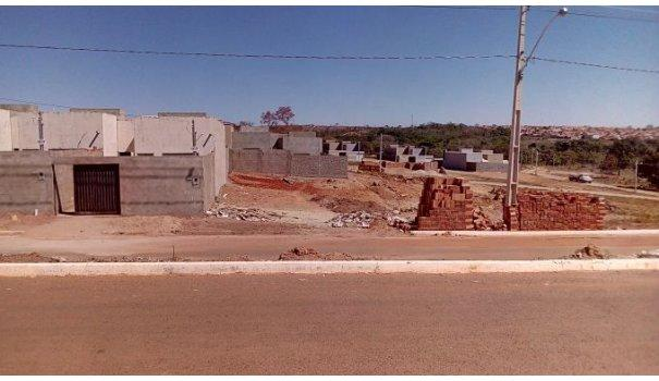 Lotes fácil apenas 150 reais por mês direto com a construtora - Foto 2