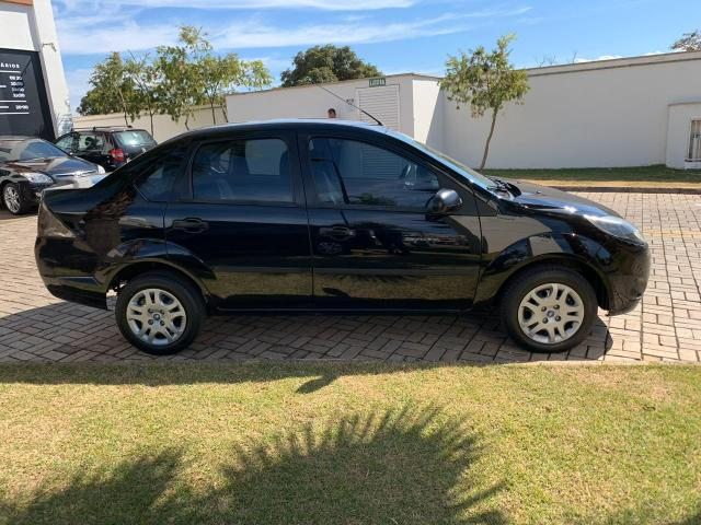 Fiesta 1.6 Sedan - Foto 4