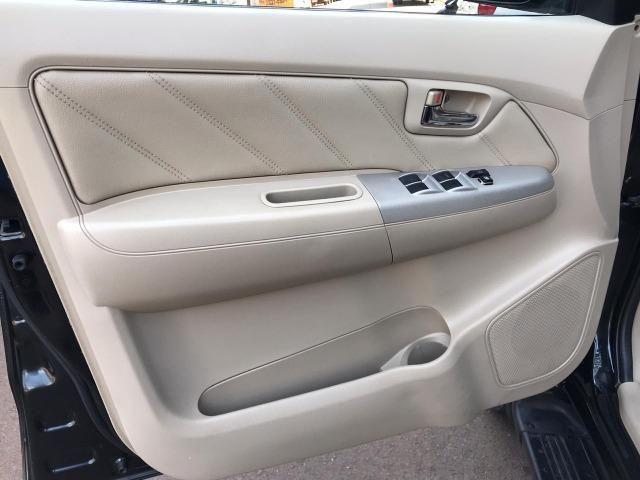 Toyota Hilux Sw4 srv 3.0 4x4 automatica - Foto 18