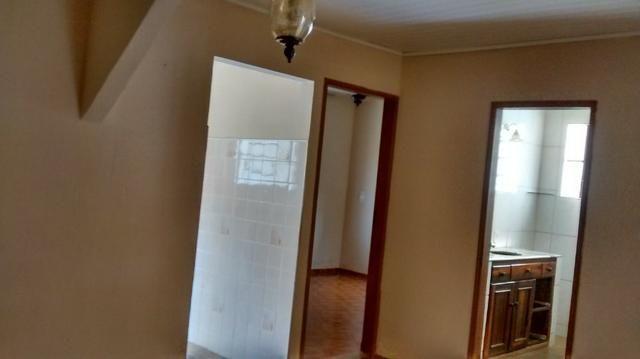 Casa 3 quartos, ótima referência, recém reformada - Foto 10
