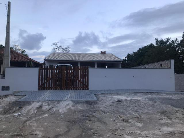Casa com piscina em Itapoá SC - Foto 4