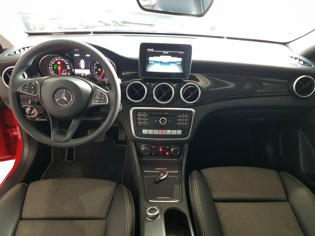 Mercedes-Benz CLA180 1.6 Turbo - Foto 5