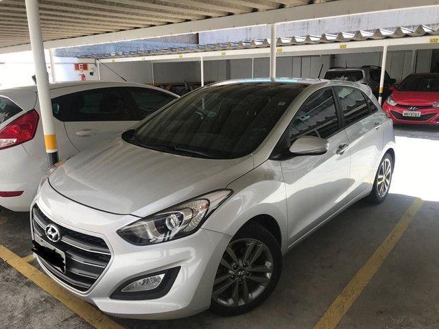 Hyundai i30 1.8 Automático Prata Teto Panorâmico