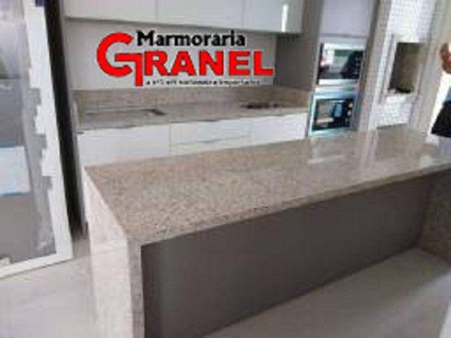 Cozinha personalizada é na Marmoraria Granel