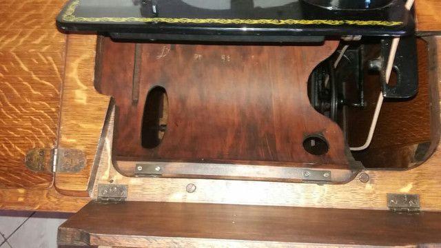 Máquina de costura relíquia  - Foto 5
