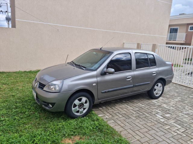 Clio sedan 2006 - Foto 3