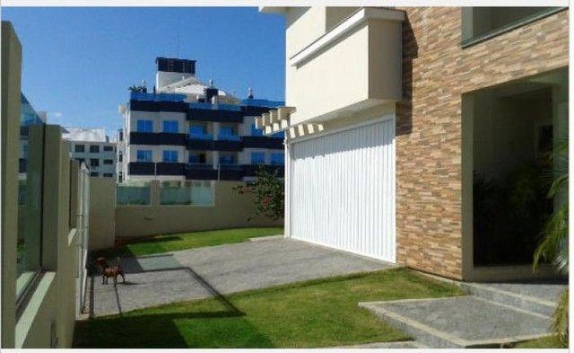 Casa em alto padrão - Ingleses Central - 660m da praia - Escritura Pública e financiável - Foto 9