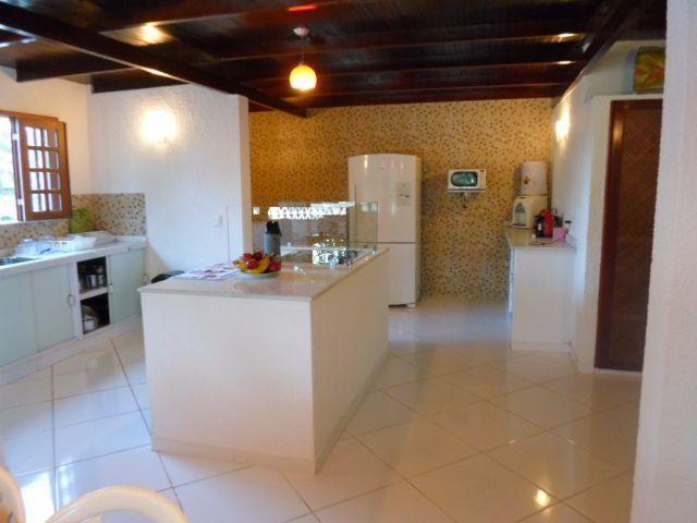 Casa com 7 dormitorios proxima a Fortaleza 12 km-Praia do Pacheco