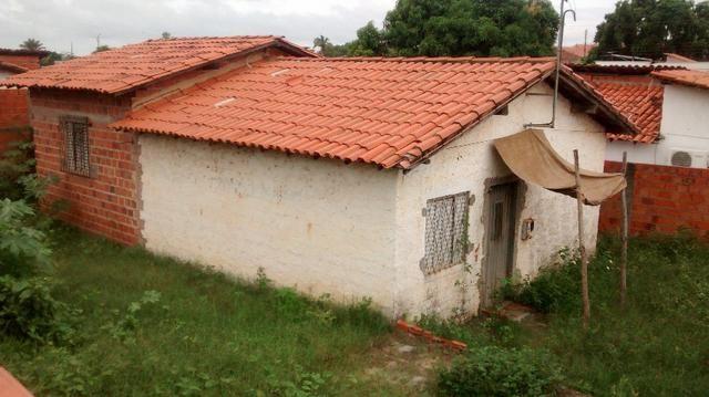 Casa no conjunto Teresa Cristina