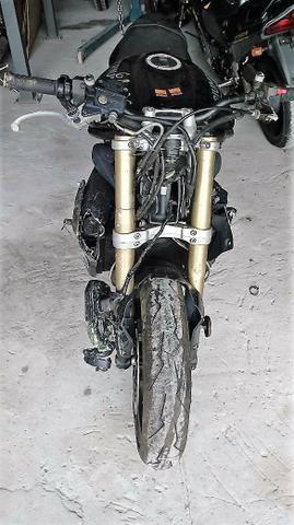 Moto P/ Retirada De Peças/sucata Triumph Triple Ab 675 -2015 - Foto 2