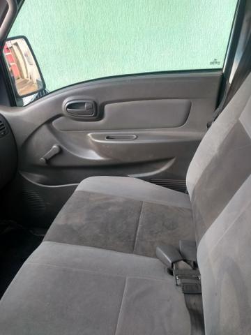 Vendo HR furgão baú 10 m3 - Foto 2