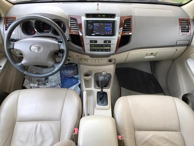 Toyota Hilux Sw4 srv 3.0 4x4 automatica - Foto 9