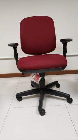 Conjunto de Cadeiras - Escritório