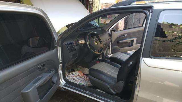 Fiat strada cabine dupla 1.4 flex working - Foto 7