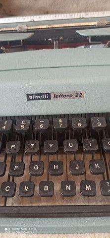 Máquina de Escrever antiga Olivetti - Foto 4