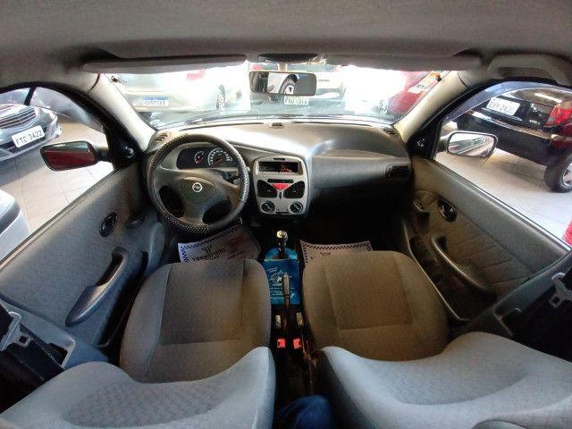 Fiat Siena Fire 1.0 8V 2004 / 2005- 4 portas - Foto 10