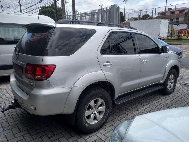 Toyota Hilux SW4 SRV 4X4 3.0 Aut 2007 - Foto 3