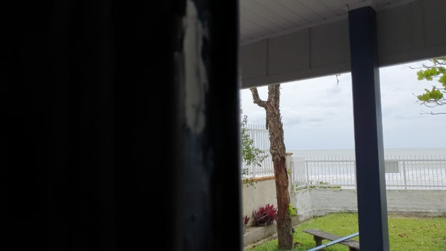 Casa pé na areia  locação de temporada com 4 dormitórios no Perequê - Cód. 73AT - Foto 2