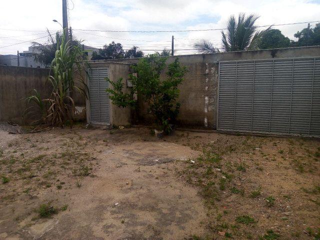 Vendo casa com um prédio dois andares bairro Planalto Linhares - Foto 3
