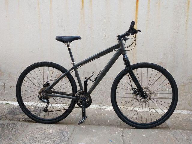 Bicicleta Caloi City Tour Híbrida Urbana aro 700 (29) Tam 17 com 27 marchas