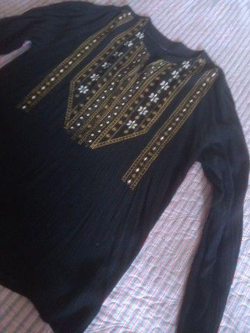 Linda blusa tipo bata em crepe de algodão  - Foto 2