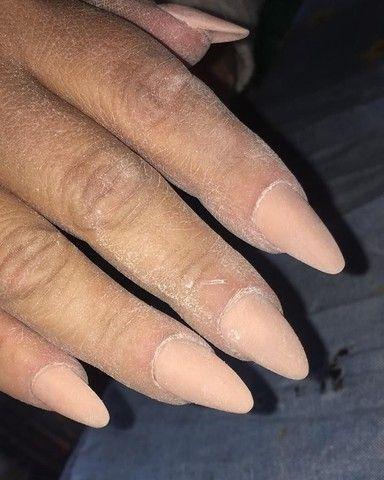 Manicure Pedicure alongamento em acrílico  - Foto 5