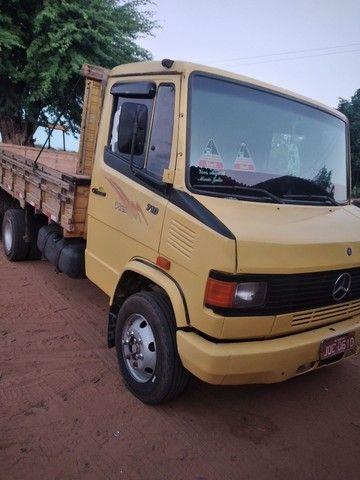 Mercedes-710  - Foto 2