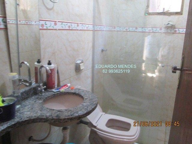 Casa 2/4, mas 2 barracões, lote de esquina 307 m², vila Operaria Anápolis  - Foto 6