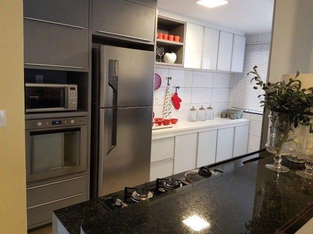 Apartamentos de 2 e 3 quartos na Cohama, elevador e acabamento no porcelanato.  - Foto 10