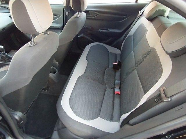 Chevrolet Onix 1.0 LT 8V FLEX 4P MANUAL - Foto 6