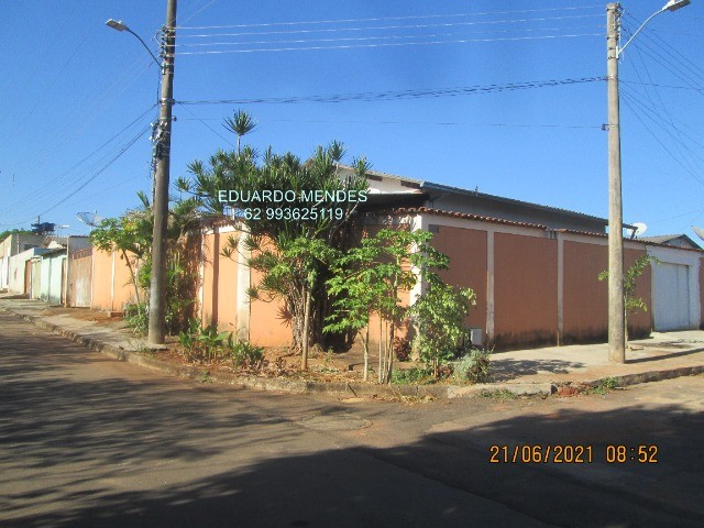 Casa 2/4, mas 2 barracões, lote de esquina 307 m², vila Operaria Anápolis  - Foto 16