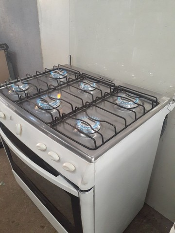 Exelent fogão 6 bocas elétrico  - Foto 5