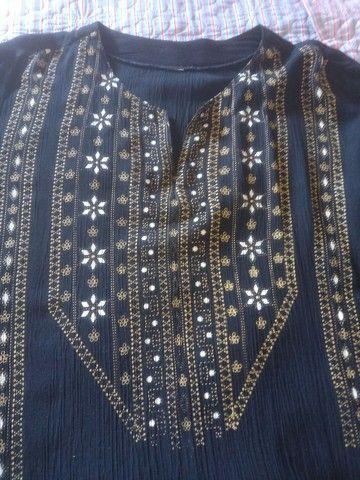 Linda blusa tipo bata em crepe de algodão  - Foto 3