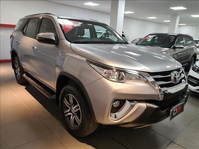 Toyota Hilux Sw4 2.7 Srv 7 Lugares 4x2 16v - Foto 3