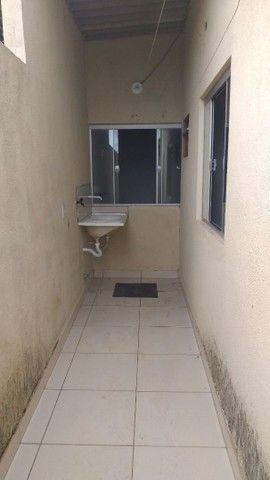 Vendo casa grande com 3 barracões no setor Serra Dourada 3 - Foto 14