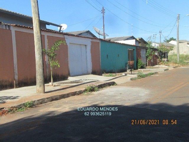 Casa 2/4, mas 2 barracões, lote de esquina 307 m², vila Operaria Anápolis  - Foto 4