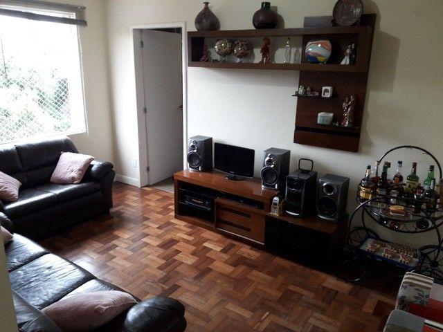 Apartamento de 3 dormitórios (com 1 suíte) + 1 vaga + elevador no Bairro Petropolis