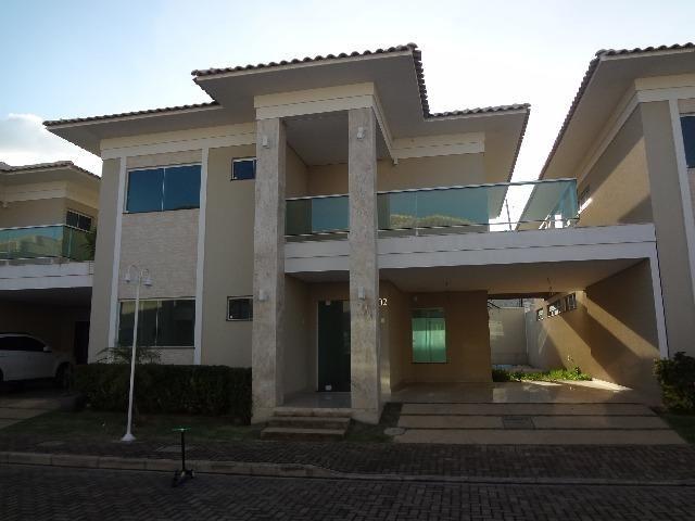 Vende-se casa duplex em condomínio residencial, na zona Leste de Teresina-PI