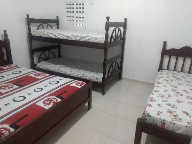 Alugo casa 1° andar carapibus/tabatinga 03 quartos - Foto 6