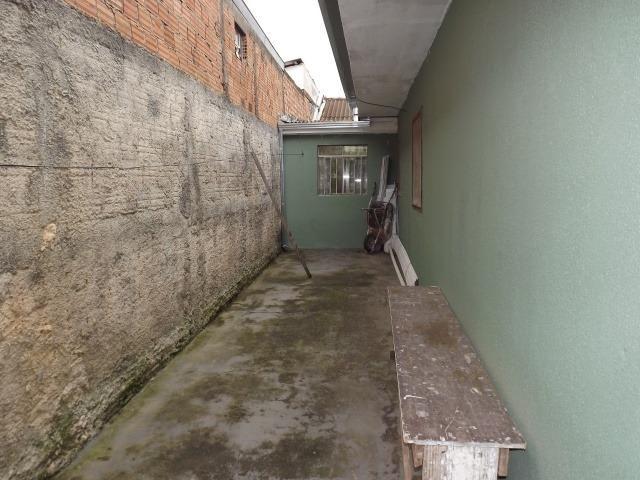 2 residências em excelente localização - Casa principal com 140m2 - Casa 02 com 60m2 - Foto 3