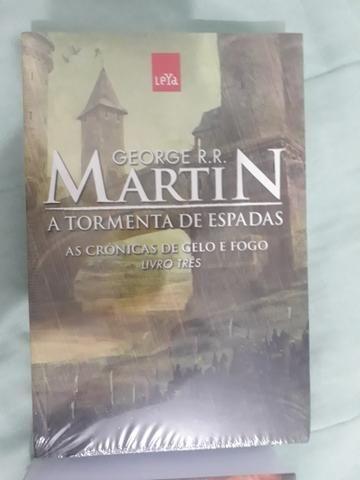 dec626273 Coleção de livros Game Of Thrones (Guerra dos Tronos) - Livros e ...