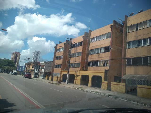 Apartamento 100 m2 na Pedreira 3 quartos grandes sendo 1 suíte com garagens