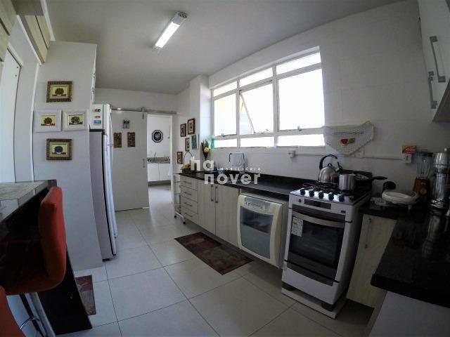 Cobertura Central Semi mobiliada 4 Dorm (1 Suíte), Elevador, Terraço - Foto 9