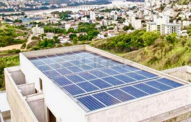 Casa Quadriplex em área nobre com elevador e energia solar - Foto 3