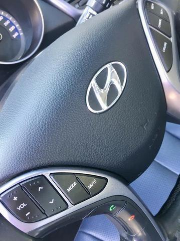 Hyundai i30 1.8 Top de linha Teto solar, Chave presença, Banco elétrico, ar digital - Foto 18