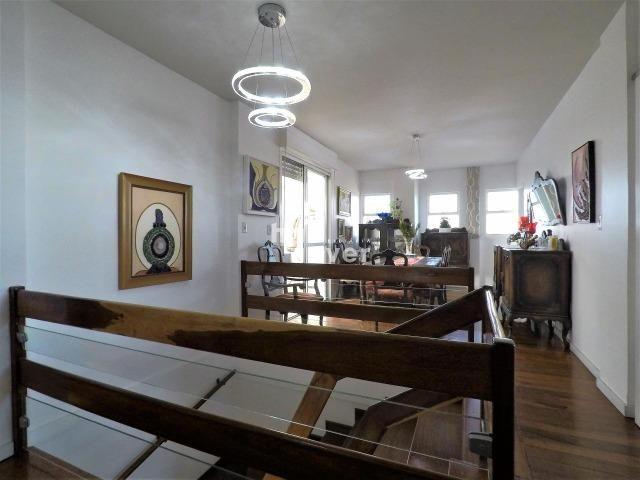 Cobertura Central Semi mobiliada 4 Dorm (1 Suíte), Elevador, Terraço - Foto 6
